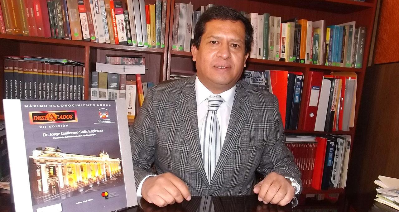 Jorge Solis Espinoza - Destacado 2015