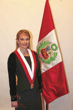 Luciana Leon Corporacion de Prensa